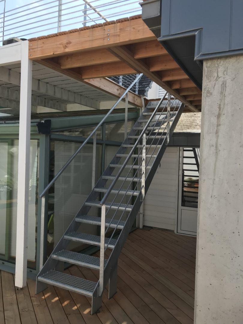 mensuierie exterieur escalier terrasse - Menuiserie